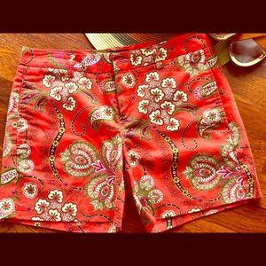 Tommy Hilfiger shorts. Size 6